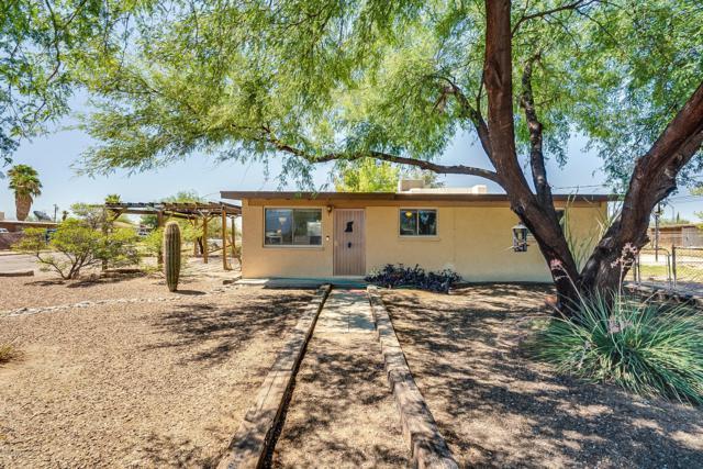 2002 S Beverly Avenue, Tucson, AZ 85711 (#21921316) :: Long Realty Company