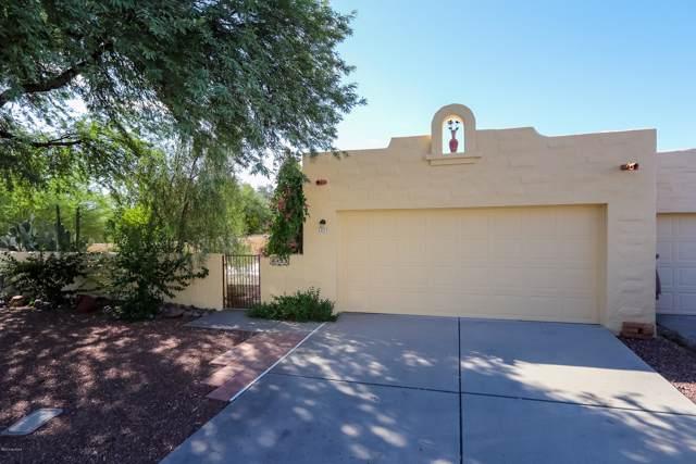2423 W Calle Retana, Tucson, AZ 85745 (#21924479) :: The Josh Berkley Team