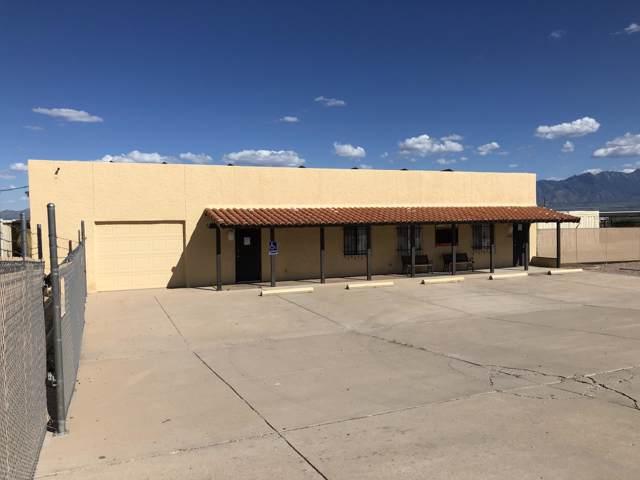 880 W Camino Casa Verde, Green Valley, AZ 85614 (#21924673) :: The Josh Berkley Team