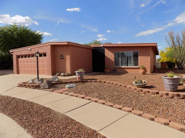 924 W Via Pitic, Green Valley, AZ 85614 (#21925549) :: Long Realty - The Vallee Gold Team
