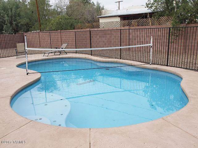 533 E Mabel Street, Tucson, AZ 85705 (#21925594) :: Tucson Property Executives