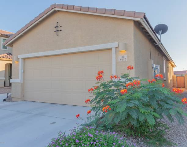 8042 S Dolphin Way, Tucson, AZ 85756 (#21925655) :: Long Realty - The Vallee Gold Team