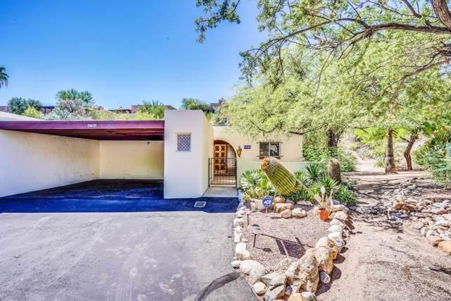 4785 N Via Entrada, Tucson, AZ 85718 (#21925740) :: Luxury Group - Realty Executives Tucson Elite