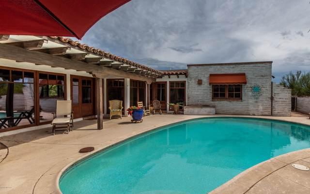 4905 N Entrada Primera, Tucson, AZ 85718 (#21925779) :: Luxury Group - Realty Executives Tucson Elite