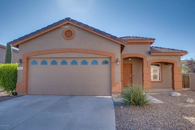 13121 N Deergrass Drive, Oro Valley, AZ 85755 (#21926311) :: Long Realty - The Vallee Gold Team