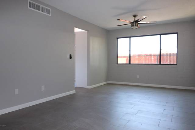 1318 S Avenida Polar F-102, Tucson, AZ 85710 (#21926499) :: Gateway Partners | Realty Executives Tucson Elite