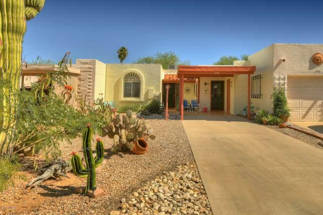 200 N Calle Acuarela, Green Valley, AZ 85614 (#21926551) :: Realty Executives Tucson Elite