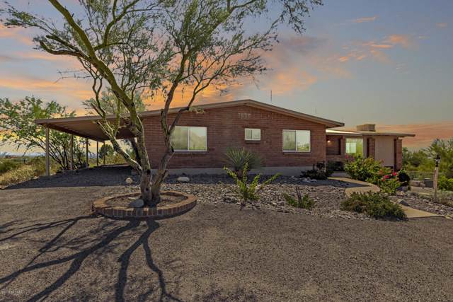 4720 E Calle Barril, Tucson, AZ 85718 (#21926816) :: Luxury Group - Realty Executives Tucson Elite