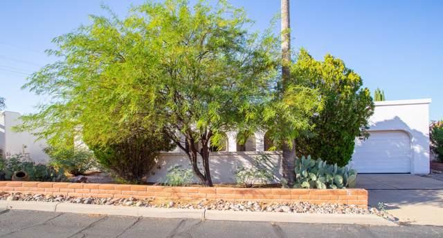912 S Las Lomas Circle, Green Valley, AZ 85614 (#21926901) :: Long Realty - The Vallee Gold Team