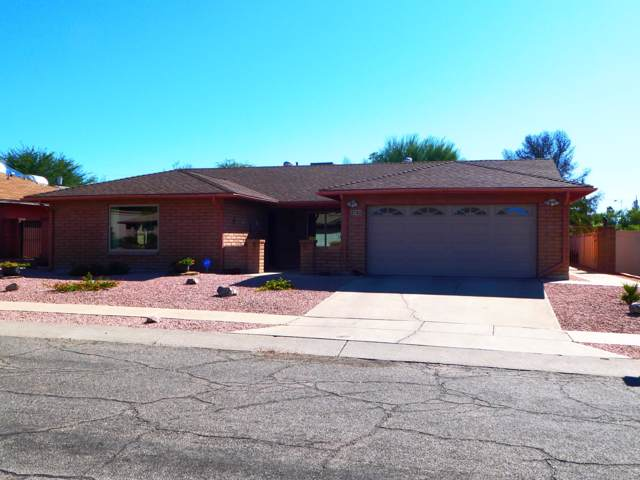 8742 E 28th Street, Tucson, AZ 85710 (#21928258) :: Long Realty - The Vallee Gold Team