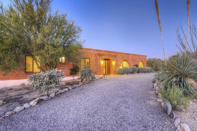 5435 N Via Entrada, Tucson, AZ 85718 (#21928340) :: Realty Executives Tucson Elite