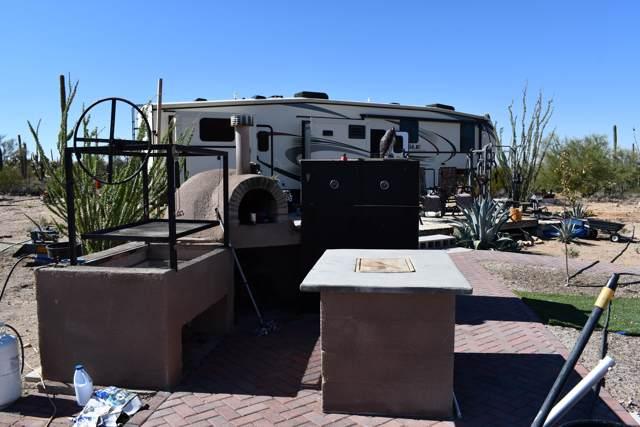 6889 N Tula Lane, Tucson, AZ 85743 (#21928482) :: Long Realty - The Vallee Gold Team