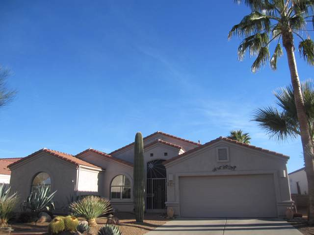 2719 S Fade Drive, Green Valley, AZ 85614 (#21928760) :: Long Realty - The Vallee Gold Team