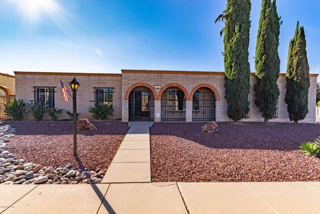 9202 E Roberto Street, Tucson, AZ 85710 (#21929833) :: Long Realty - The Vallee Gold Team
