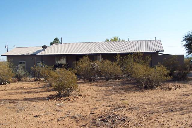 311 E Chuckwagon Loop, Safford, AZ 85546 (#21929846) :: Gateway Partners | Realty Executives Tucson Elite