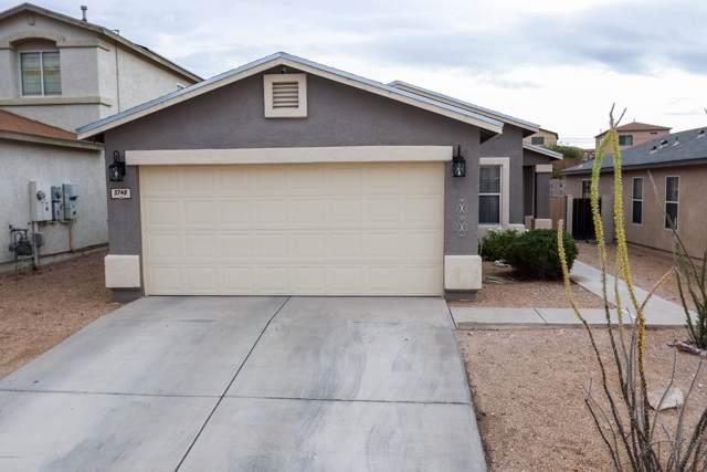 3748 W Fenton Way, Tucson, AZ 85746 (#21929928) :: Long Realty - The Vallee Gold Team