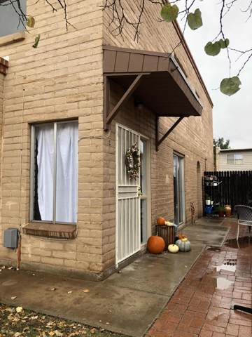1949 N Camino Serna C, Tucson, AZ 85715 (#21929952) :: The Local Real Estate Group | Realty Executives