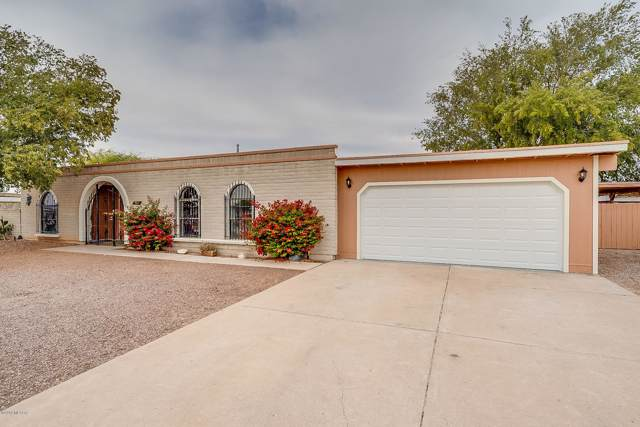 9841 E Sellarole, Tucson, AZ 85730 (#21930345) :: Long Realty - The Vallee Gold Team
