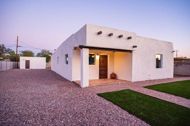 2712 N Columbus Boulevard, Tucson, AZ 85712 (#21930903) :: Long Realty - The Vallee Gold Team