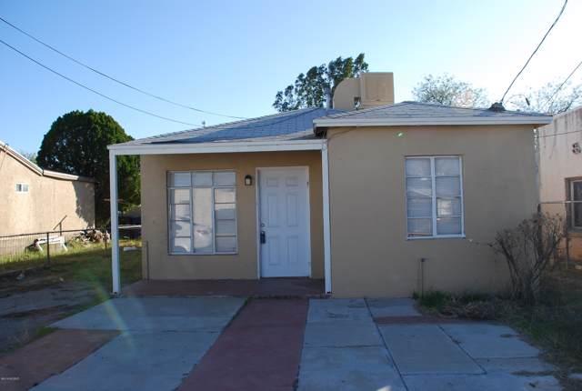 135 W Veterans Boulevard, Tucson, AZ 85713 (#21931997) :: Long Realty - The Vallee Gold Team