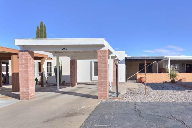 250 N Paseo De Los Conquistadores, Green Valley, AZ 85614 (#22000304) :: Long Realty - The Vallee Gold Team