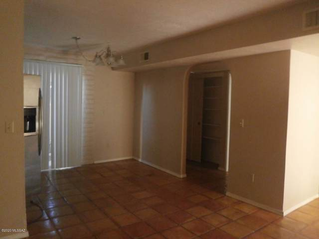 8450 E Old Spanish Trail #102, Tucson, AZ 85710 (#22000418) :: Long Realty - The Vallee Gold Team