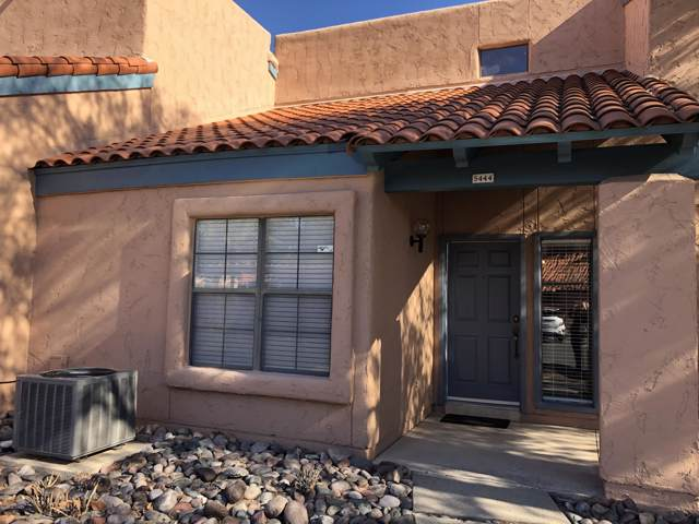 5444 N Paseo De La Terraza, Tucson, AZ 85750 (#22000728) :: Long Realty - The Vallee Gold Team