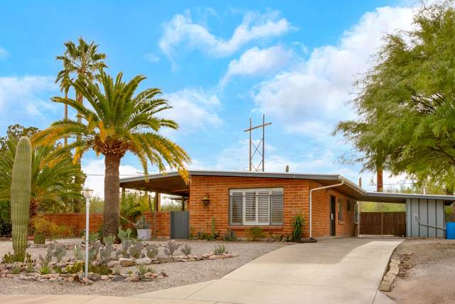 1711 W Calle Tranquila, Tucson, AZ 85745 (#22000948) :: Long Realty - The Vallee Gold Team