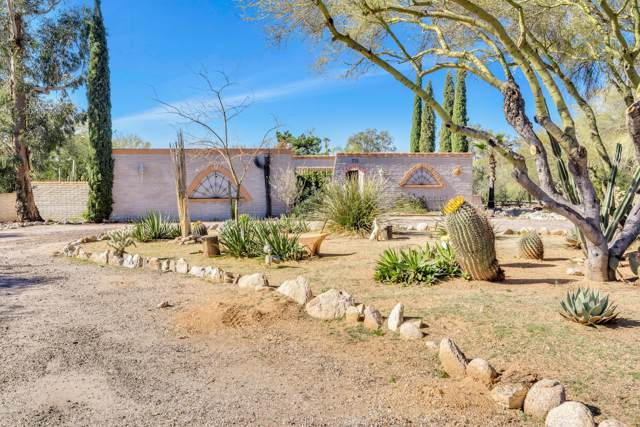 6211 N Placita Avila, Tucson, AZ 85718 (#22000958) :: Long Realty - The Vallee Gold Team