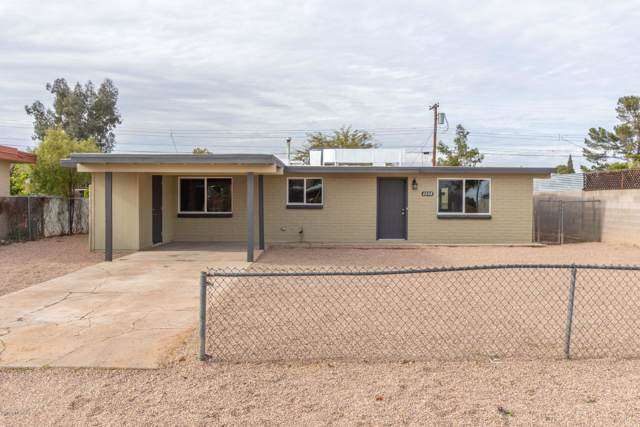 2208 S Hemlock Stravenue, Tucson, AZ 85713 (#22001547) :: Long Realty - The Vallee Gold Team
