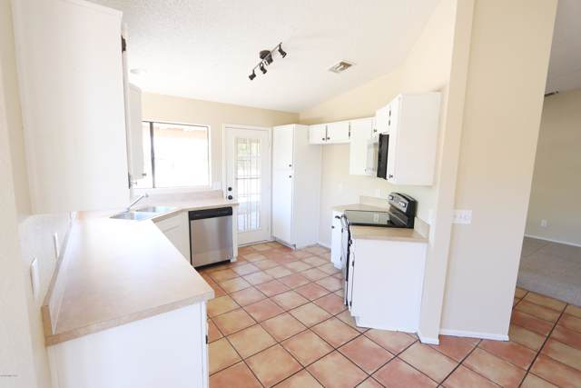 10121 E Calle Del Este, Tucson, AZ 85748 (#22001618) :: The Josh Berkley Team