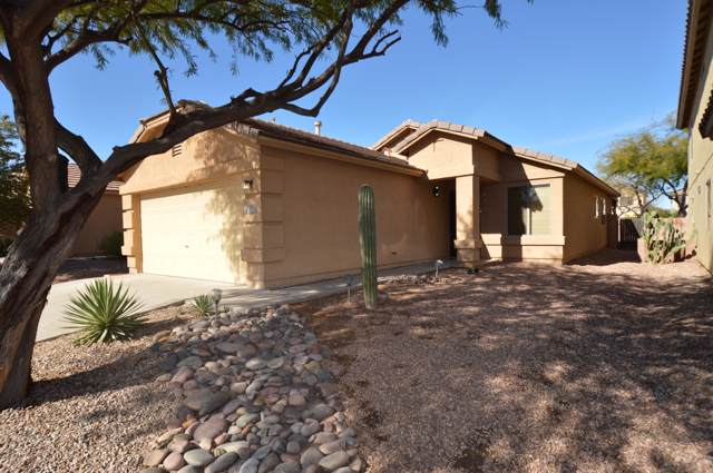 696 W Cholla Crest Drive, Green Valley, AZ 85614 (#22001705) :: Long Realty - The Vallee Gold Team