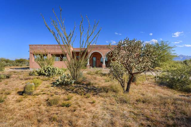 1570 W Niner Way, Tucson, AZ 85755 (#22001880) :: Long Realty - The Vallee Gold Team