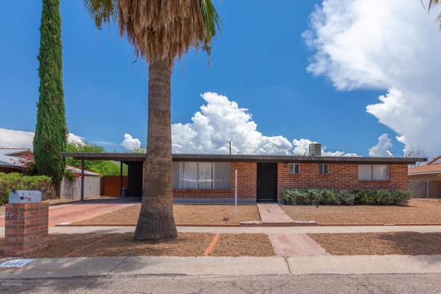 2301 S Calle Yucatan, Tucson, AZ 85710 (#22002006) :: Long Realty - The Vallee Gold Team