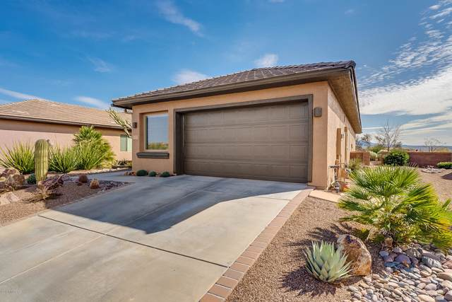 1733 W Acacia Bluffs Drive, Green Valley, AZ 85622 (#22002020) :: Long Realty - The Vallee Gold Team