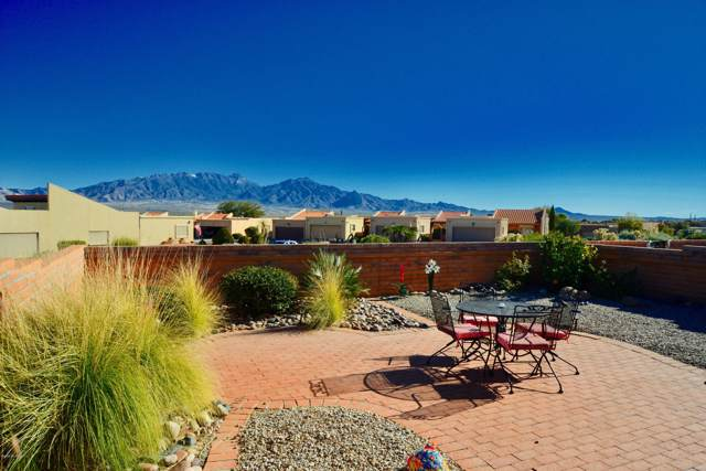 1573 W Placita Travis, Green Valley, AZ 85622 (#22002204) :: Long Realty - The Vallee Gold Team