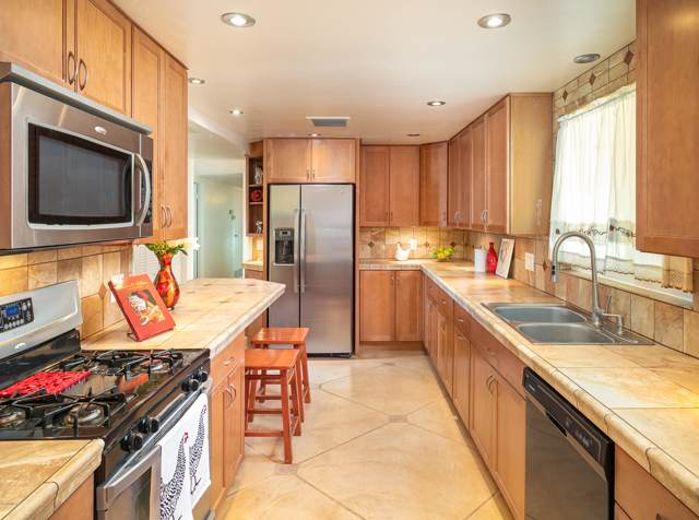 5971 E 18Th Street, Tucson, AZ 85711 (#22002320) :: Long Realty - The Vallee Gold Team
