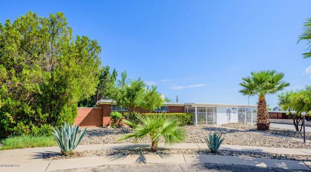 7625 E Lerma Place, Tucson, AZ 85710 (#22002462) :: Long Realty - The Vallee Gold Team