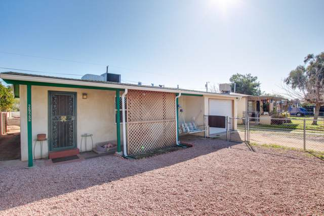2922 N Mitch Drive, Tucson, AZ 85719 (#22002497) :: Long Realty - The Vallee Gold Team