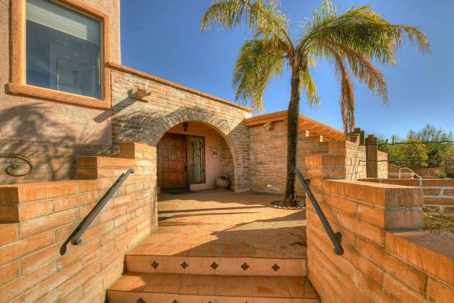 6820 N Saint Andrews Drive, Tucson, AZ 85718 (#22002568) :: Long Realty - The Vallee Gold Team