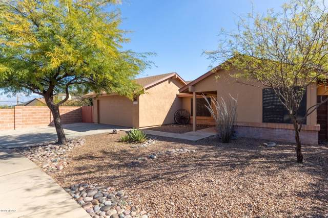 1911 S Westmont Drive, Tucson, AZ 85713 (#22002571) :: Long Realty - The Vallee Gold Team