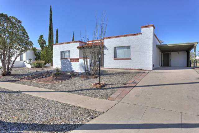 640 S Abrego Drive, Green Valley, AZ 85614 (#22003323) :: Long Realty - The Vallee Gold Team