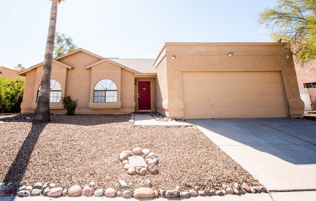 1671 W Holly Oak Drive, Tucson, AZ 85746 (#22004368) :: Long Realty - The Vallee Gold Team