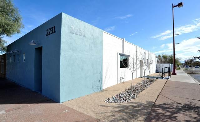 2231 S 4th Avenue, Tucson, AZ 85713 (#22004385) :: Long Realty Company