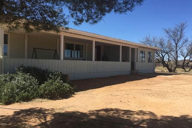 2755 W Dogwood Lane, Benson, AZ 85602 (MLS #22004444) :: The Property Partners at eXp Realty