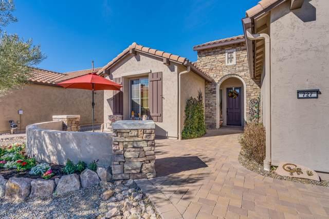 727 N Hale Drive, Green Valley, AZ 85614 (#22004621) :: Long Realty Company