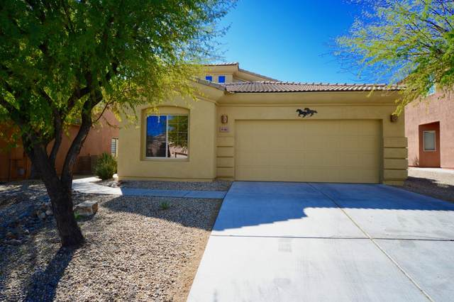 190 E Calle Vivaz, Green Valley, AZ 85614 (#22004671) :: Long Realty Company