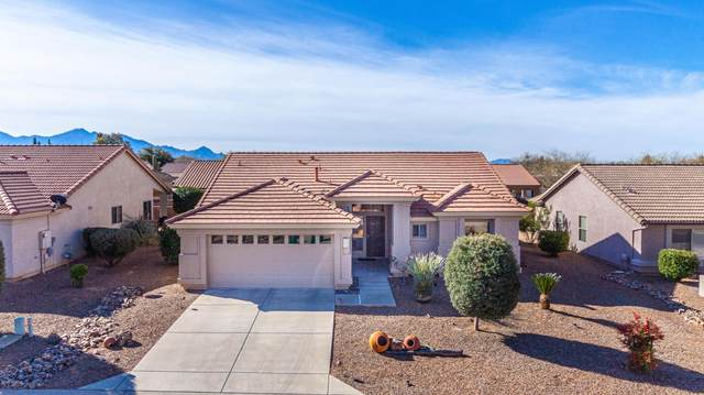 1900 E Cliff Swallow Trail, Green Valley, AZ 85614 (#22004705) :: Long Realty Company