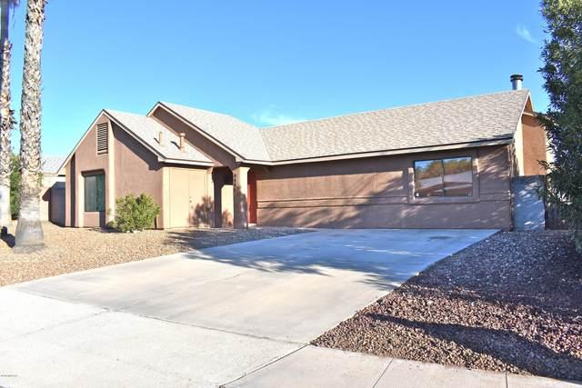 4881 W Spoonbill Drive, Tucson, AZ 85742 (#22004725) :: Long Realty Company
