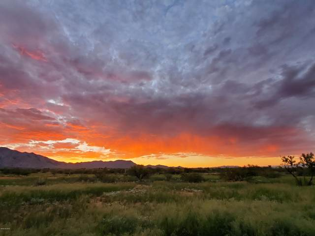 .84 acre Highland & Hartford #4, Pearce, AZ 85625 (#22004968) :: Long Realty - The Vallee Gold Team